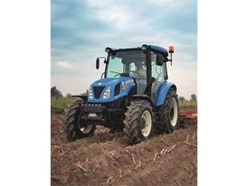 New Holland T4.65S in the field