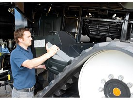 New Holland leads the way with Scottish Apprenticeship Scheme