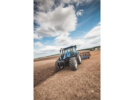 New Holland T6 Dynamic Command Tier4B