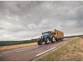 New Holland T6 175 Dynamic Command Tier 4B transporting bales