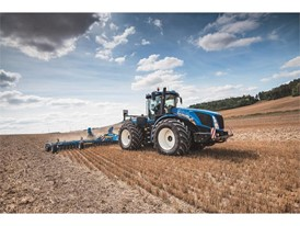 T9 Series tractors now have the innovative Auto CommandTM Continuously Variable Transmission