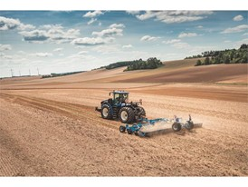 New Holland launches its innovative Auto CommandTM Continuously Variable Transmission on its flagship T9 Series tractors
