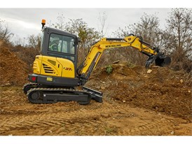 New Holland Construction unveils new full line of Mini Excavators