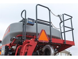 New on the Case IH Precision Disk 500T single disk air drill for 2018, producers can add tank-mounted weigh scales.