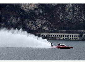 Fabio Buzzi breaking the world record on Lake Como