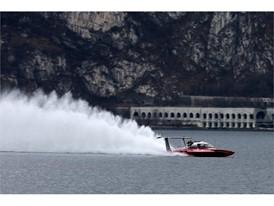 Fabio Buzzi breaking the world record on Lake Como