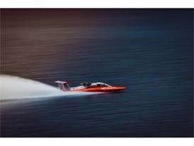 The 'three-point' hull hit a top speed of 277.5 Km/h