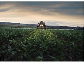 Case IH Patriot 250 Extreme Sprayer provides greater pray area