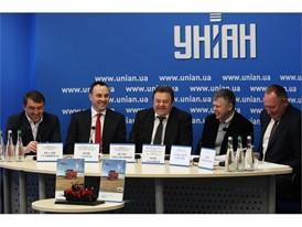 From left to right: Vitaliy Stavniychuk, Yuriy Yegorov, Petro Mikhailishin, Yurii Alatortsev; Olesandr Berezyuk