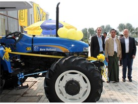 New Holland Agriculture TD90 handover