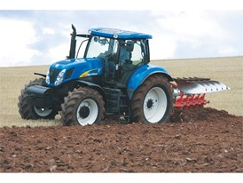 New Holland T7060 Tractor