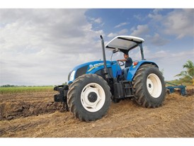 New Holland Agriculture TT4