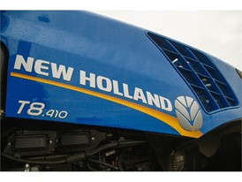 New Holland Agriculture T8.410 Tractor