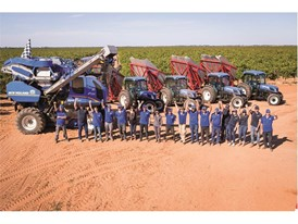 New Holland team celebrating the new benchmark set in Grape Harvesting performance