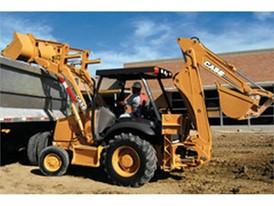 2005年,凯斯制造出第50万台挖掘装载机