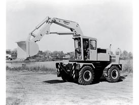 凯斯收购以四合一铲斗闻名的Drott制造公司