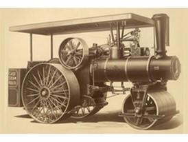 1912年,凯斯推出完整的公路工程产品线,包括平地机