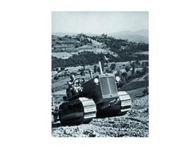 1931年,菲亚特开发首台履带式拖拉机