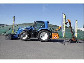 New Holland Agriculture T6.180 Methane Power tractor prototype