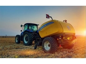 New Holland Agriculture RB125 Round Baler