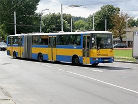 В 1996 году Renault VI приобретает Karosa, чешскую автобусную компанию