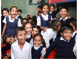 School children in India benefitting from one of the educational projects supported by CNH Industrial
