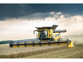 New Holland Agriculture won a SIMA Bronze Innovation Medal for its Dynamic Feed Roll Reverser on the CR Combine Range