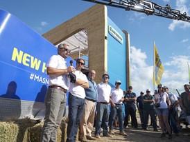 New Holland Agriculture presentó en Expoagro la picadora FR780