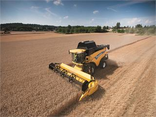 New Holland CX7000 and CX8000 Elevation Combines. The cleanest grain sample from the world's most powerful super conventional combine harvester