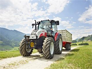 "STEYR Kompakt Multicontroller: ""Upgrade"" for the compact all-rounder"