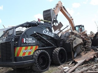 Team Rubicon, in Partnership with CASE, Begins Heavy Equipment Operations for Hurricane Harvey Recovery