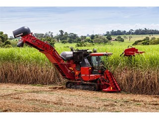 Fourth Generation Cane Dynasty Relies on Case IH