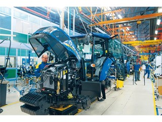 The New Holland Jesi plant in Italy achieves Silver Level designation in World Class Manufacturing