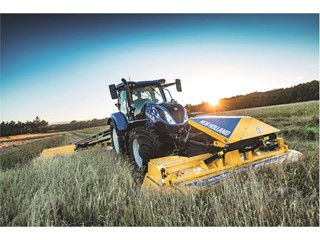 New Holland showcases updated telehandlers and new implement range at FTMTA 2019
