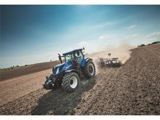 New Holland steps up customer support with extended connectivity and new assistance services introduced at SIMA 2019