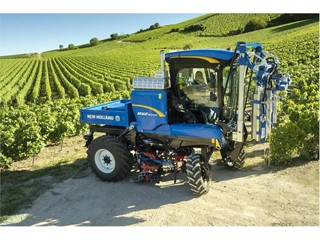 New Holland Agriculture awarded SITEVI Gold Medal for innovations in grape harvesting