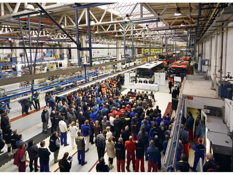 Czech Republic President visits CNH Industrial bus plant