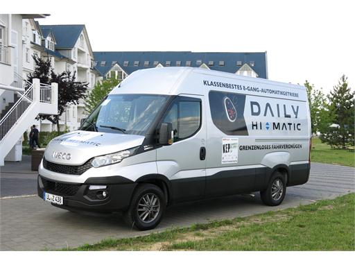 The Iveco Daily wins the Best KEP Transporter 2015 award