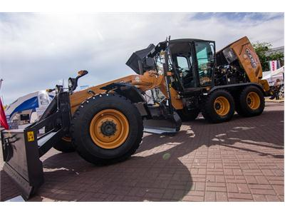 Case Motor Graders Awarded with Gold Medal at Intermasz 2015 in Poland