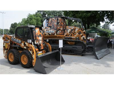 CASE SR130 Skid Steer Loader