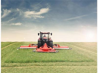 CASE IH OPTUM CVX: Innovative new models for European farmers