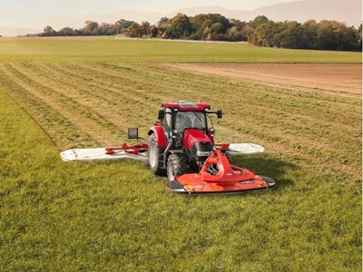 New Maxxum range: Improved right across the board!