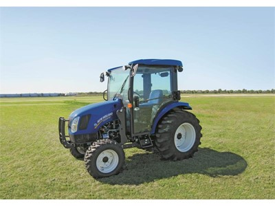 New Holland Boomer™ 54D Compact Tractor Wins 'Machine of the Year 2015' Award in Compact and Specialized Category