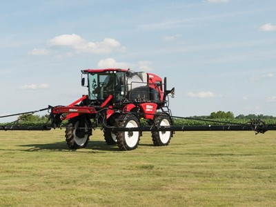 New Holland Agriculture Expands Sprayer Offering with New Guardian™ SP310F and Miller Nitro™ 7310 Models