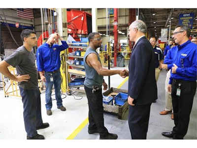 CNH Industrial hosts United States Senator Bob Casey at New Holland plant