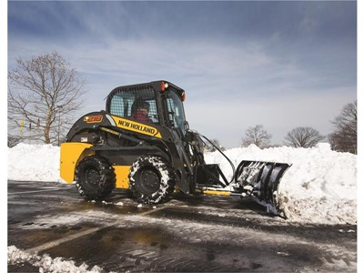 New Holland Construction Offers Unlimited-Hour, First Year Warranty