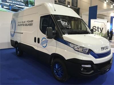 IVECO Daily второй год подряд выигрывает награду «Устойчивый грузовик года», которой была удостоена новая модель Daily Hi-Matic Natural Power, абсолютный чемпион в области устойчивого развития в своем классе