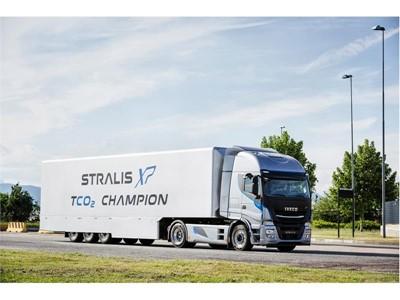 Iveco на Международной выставке коммерческого транспорта 2016 в Ганновере: официальная премьера Нового Stralis TCO2 Champion