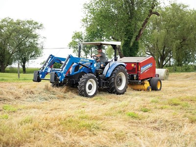New Holland Equipment for Cattlemen Focused on Efficiency Debuts at 2018 Farm Progress Show