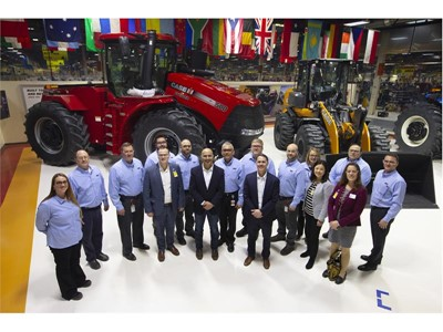 CNH Industrial welcomes Federal Reserve Bank of Minneapolis Representatives, local dignitaries and business leaders to Fargo facility